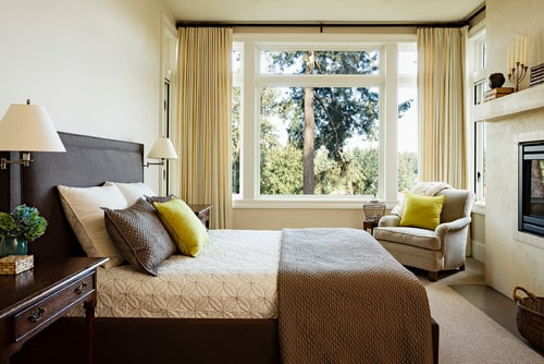 The Best Tips for Small Master Bedroom Decorating Ideas ... on Beautiful Bedroom Ideas For Small Rooms  id=58705