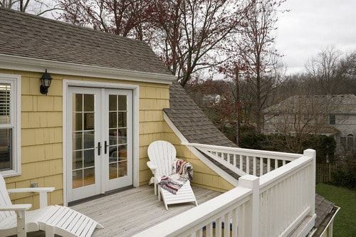 Best Tips for Decorating Second Floor Balcony - Home Decor ...