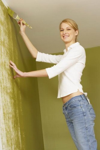Easiest-Tips-for-Painting-Popcorn-Ceilings