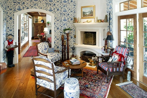 English-Country-House-traditional-living-room-interior-decor-design