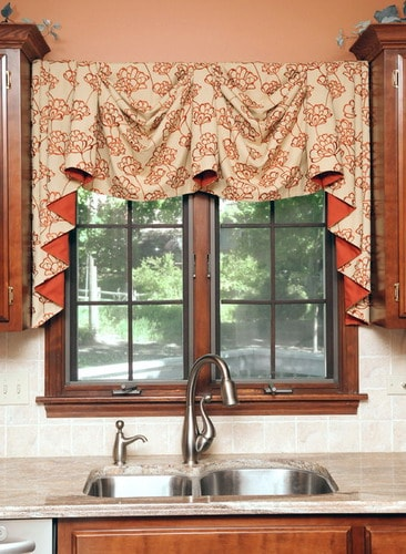 contemporary kitchen curtains and valances how to choose the best creative kitchen curtain ideas 8313