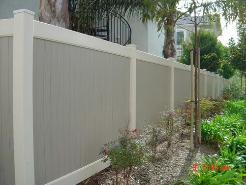 Best Tips to Help You Installing Vinyl Fence Panels