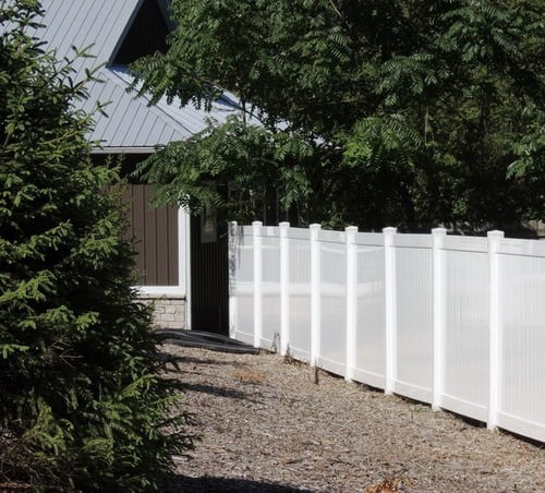 Vinyl-Fence-Traditional-Home-Fencing-And-Gates-grand-rapids-by-Fence-Consultants-of-West-Michigan