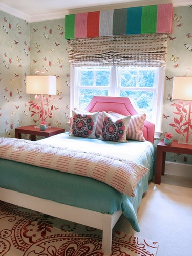 Butterfly-wallpapers-bedroom-decor-teenage-girl-room-design