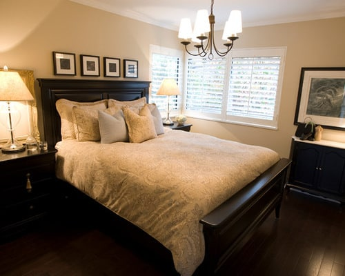 traditional bedroom decorating how to make a small bedroom look bigger home decor help 13564