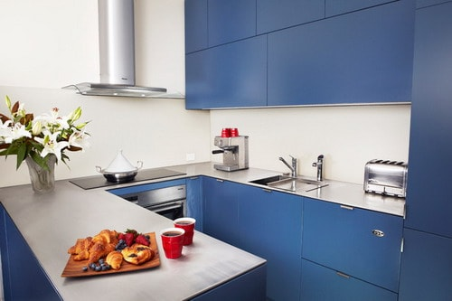 Blue-Cabinets-Small-Modern-Kitchen-Decorating-Ideas-Home-Design-Photos