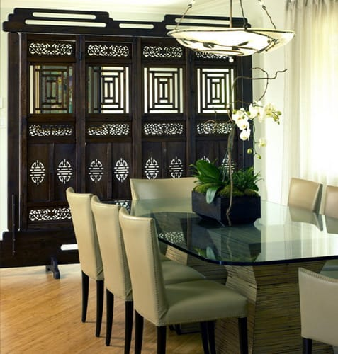 Bridge-Design-Studio-asian-dining-room-4-panels-privacy-screen-open-floor-ideas