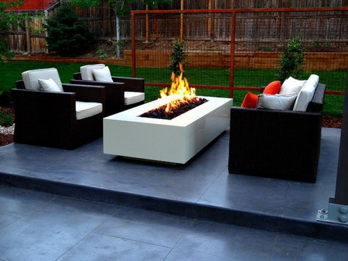 How to Make a DIY Concrete Fire Pit - Home Decor Help ... on Modern Concrete Backyard id=77597