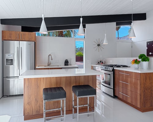 How to Accessorize a Small Modern Kitchen