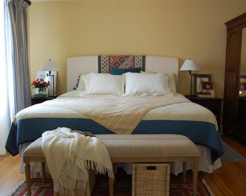 How To Organize A Narrow Bedroom