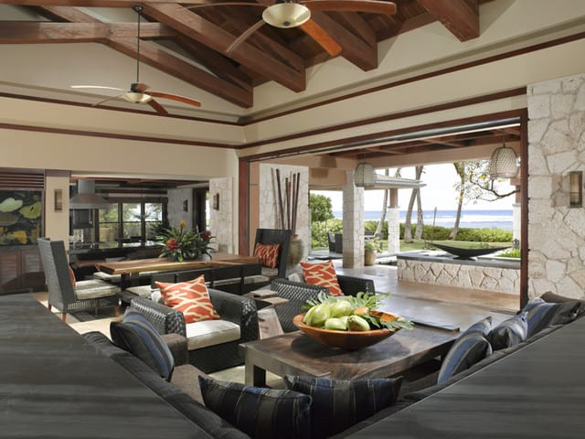 applegate-tran-interiors-tropical-living-room