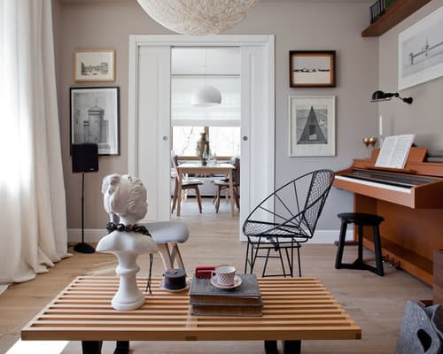 scandinavian-enclosed-living-room-remodel-in-moscow-with-a-music-area-gray