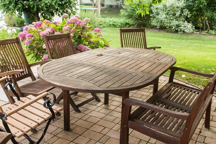 Tips for Cleaning Garden Furniture – Fit For the Outdoor Season