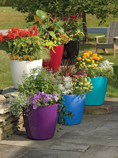 Outdoor Flower Pots and Planters Trends 2019 - Choose the Right Size and Shape
